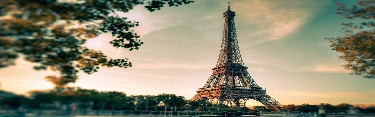 eiffel-tower-2810259_1280 (1).jpg